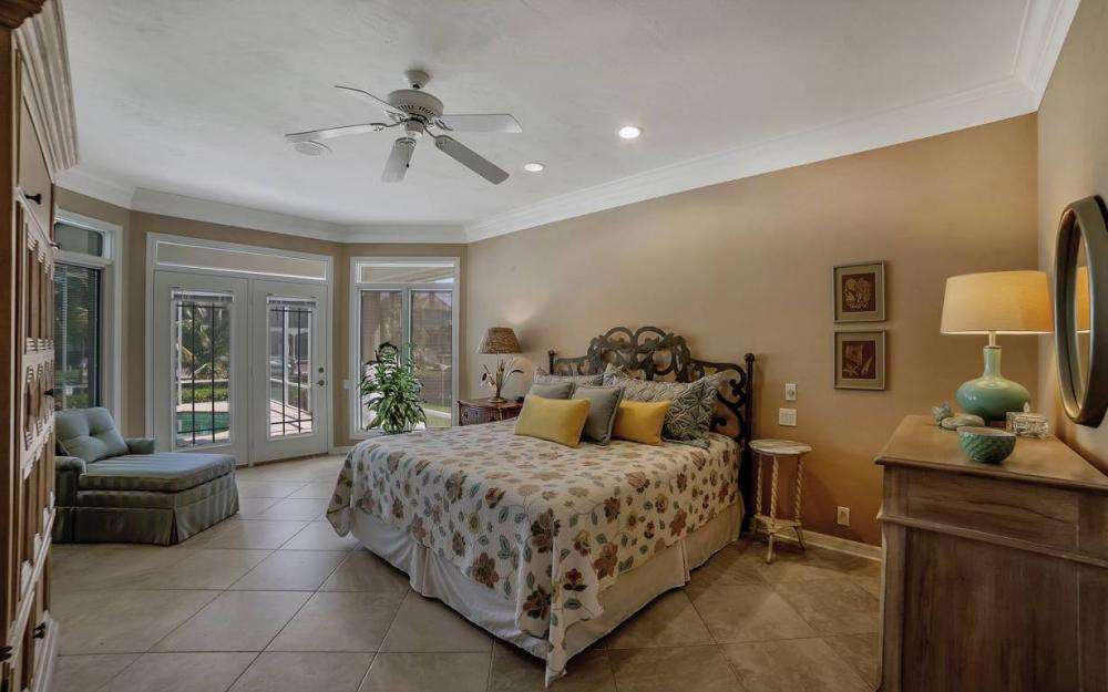 1021 E Inlet Dr, Marco Island - Home For Sale 106218698