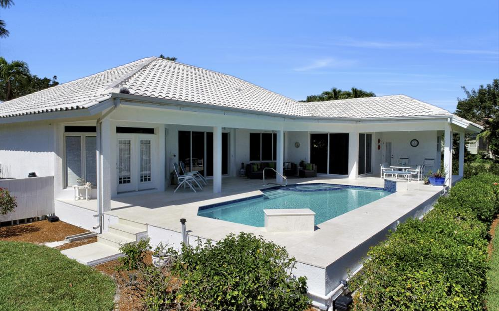 1021 E Inlet Dr, Marco Island - Home For Sale 2103192796