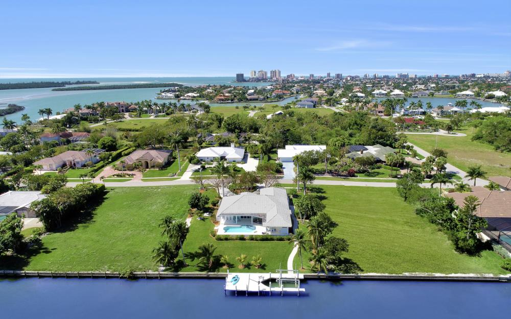 1021 E Inlet Dr, Marco Island - Home For Sale 360591303
