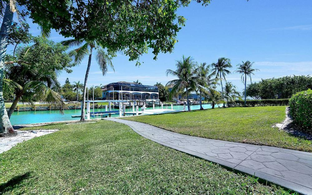1021 E Inlet Dr, Marco Island - Home For Sale 1852815295