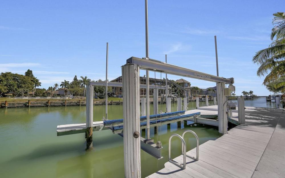 1021 E Inlet Dr, Marco Island - Home For Sale 1099201209