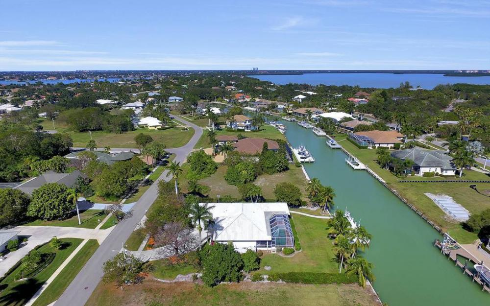1021 E Inlet Dr, Marco Island - Home For Sale 829259294