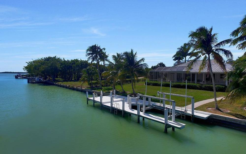 1021 E Inlet Dr, Marco Island - Home For Sale 248515161