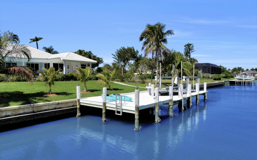 1021 E Inlet Dr, Marco Island - Home For Sale 2017570538