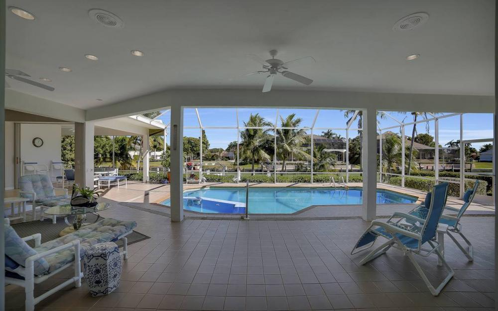 1021 E Inlet Dr, Marco Island - Home For Sale 319223920
