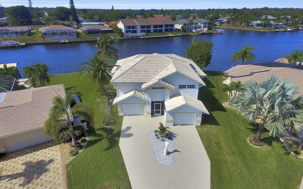 3604 SE 12th Ave, Cape Coral - Gulf Access Home For Sale 763449802