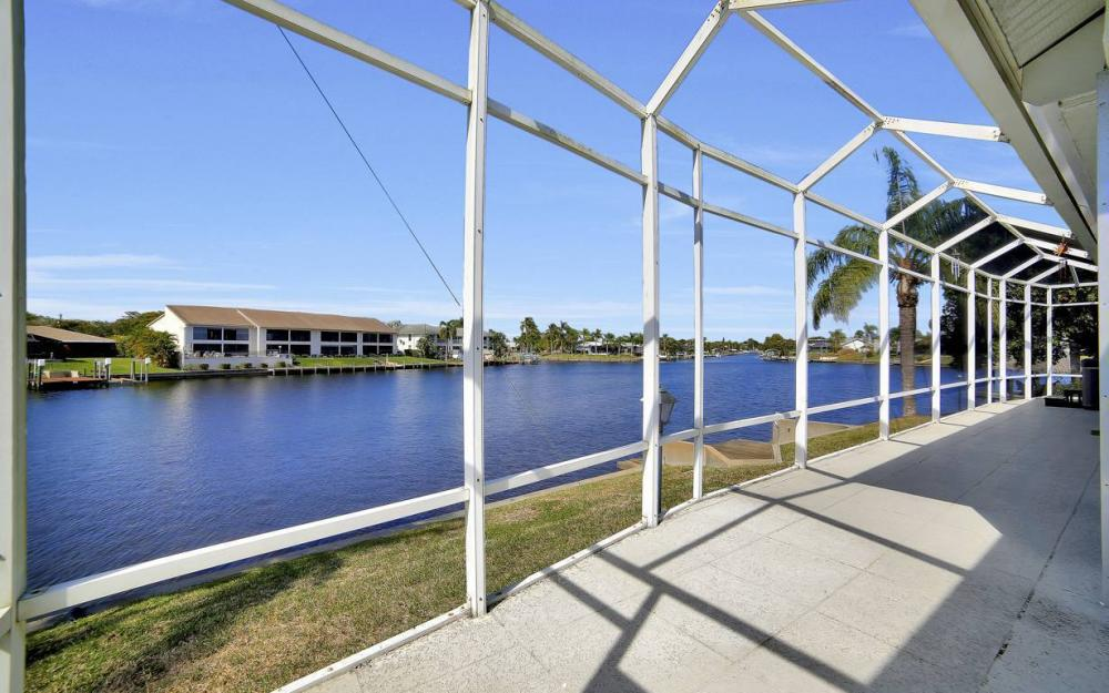 3604 SE 12th Ave, Cape Coral - Gulf Access Home For Sale 2110633055