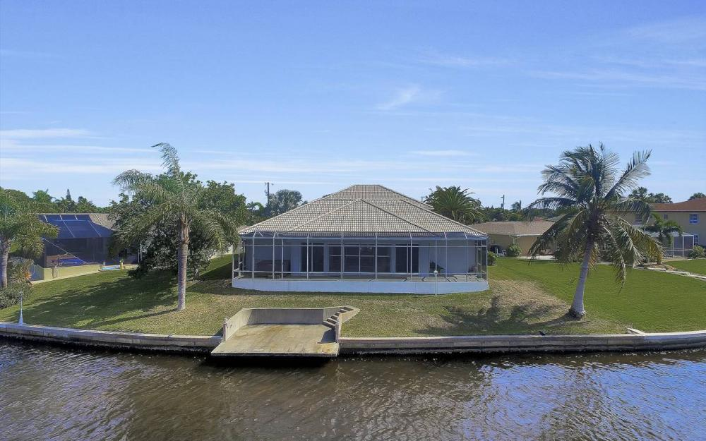 3604 SE 12th Ave, Cape Coral - Gulf Access Home For Sale 664736811
