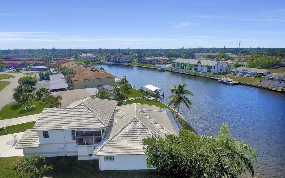 3604 SE 12th Ave, Cape Coral - Gulf Access Home For Sale 1785026560