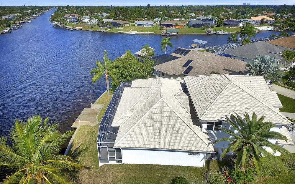 3604 SE 12th Ave, Cape Coral - Gulf Access Home For Sale 98598305