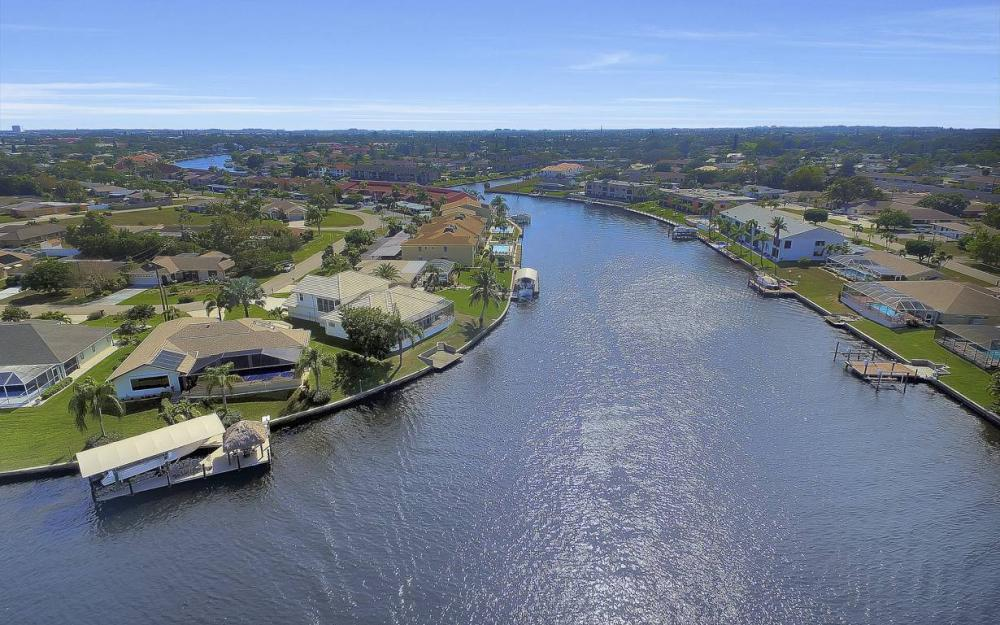 3604 SE 12th Ave, Cape Coral - Gulf Access Home For Sale 1046603276