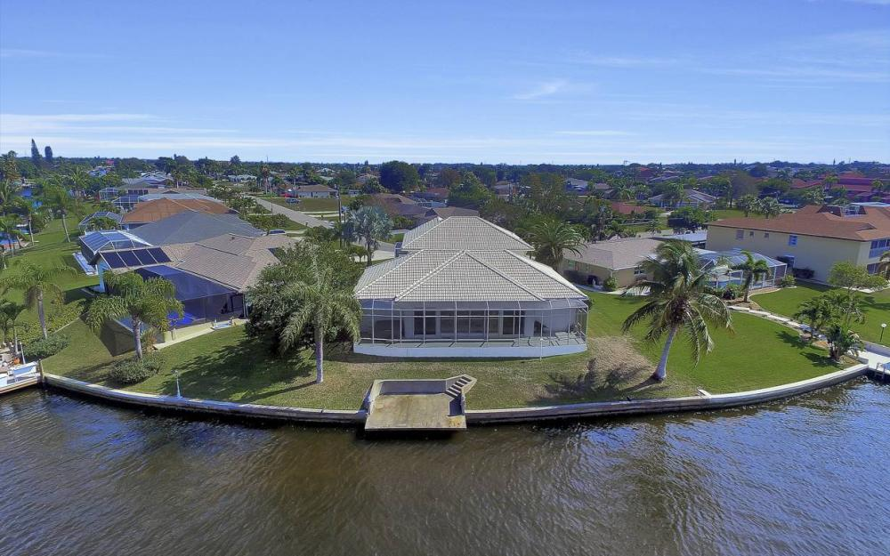 3604 SE 12th Ave, Cape Coral - Gulf Access Home For Sale 1640600870