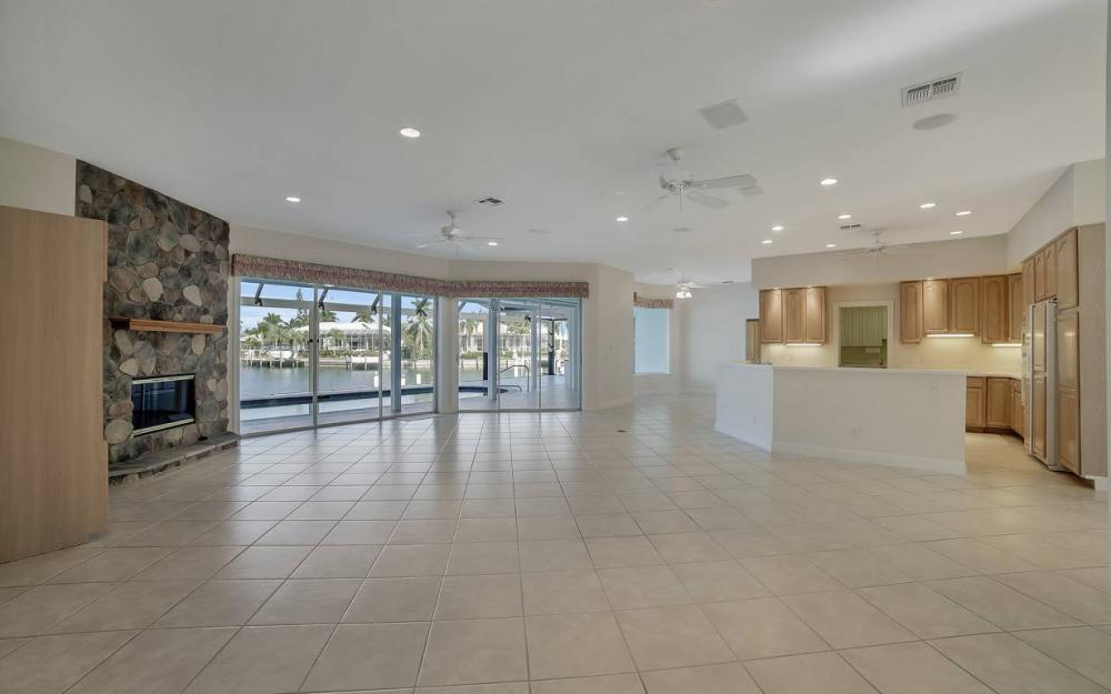 60 Covewood Ct, Marco Island - Gulf Access Waterfront Home For Sale 480172543
