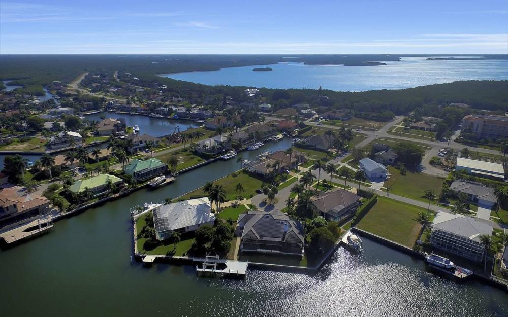 60 Covewood Ct, Marco Island - Gulf Access Waterfront Home For Sale 361545747