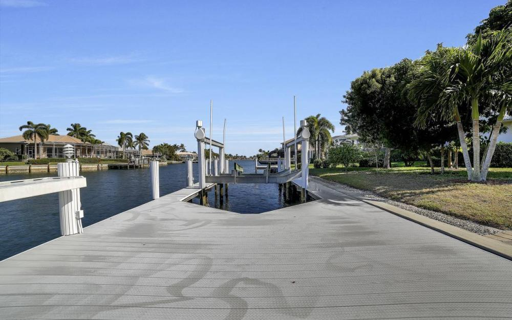 60 Covewood Ct, Marco Island - Gulf Access Waterfront Home For Sale 19381457