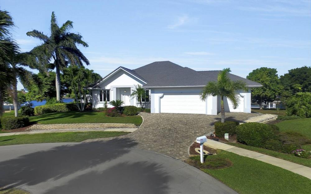60 Covewood Ct, Marco Island - Gulf Access Waterfront Home For Sale 302590967