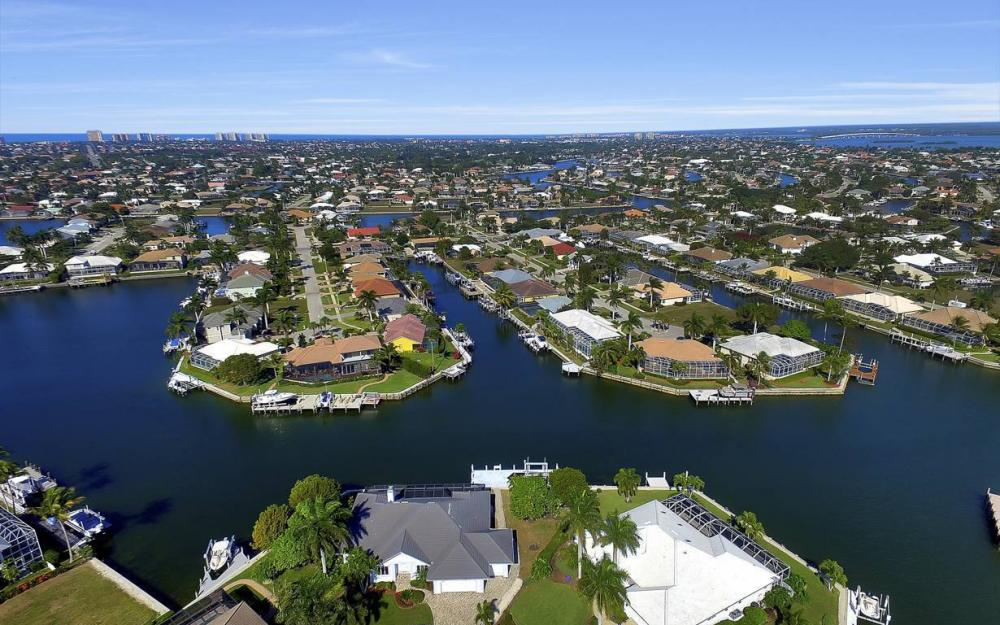 60 Covewood Ct, Marco Island - Gulf Access Waterfront Home For Sale 391459488