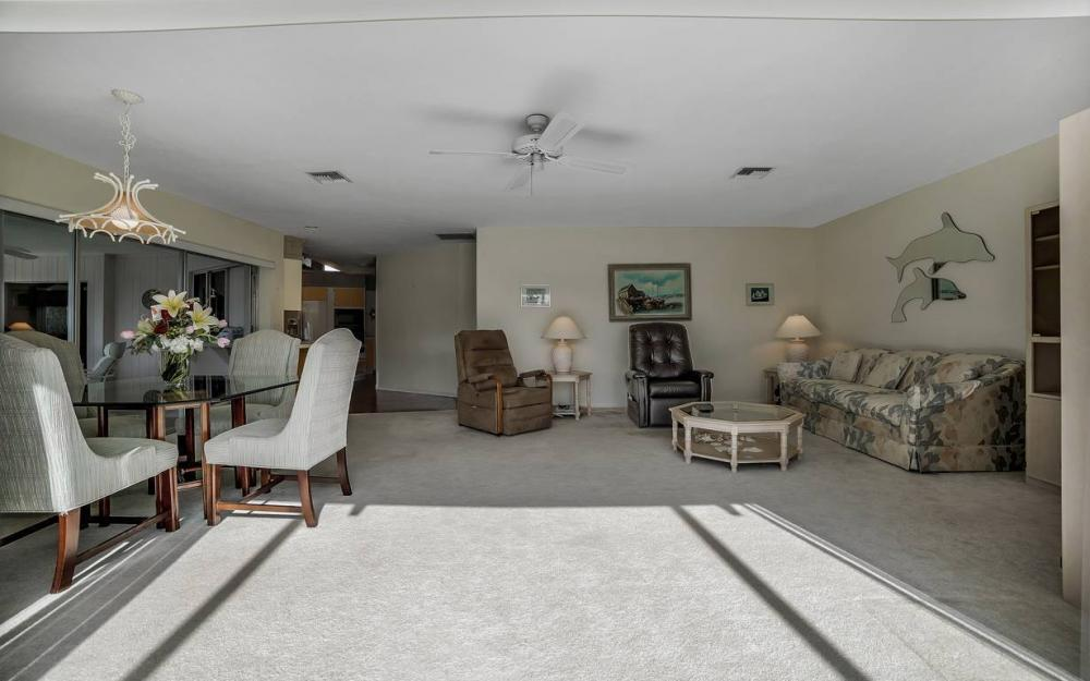 685 Cameo Ct, Marco Island - Waterfront Gulf Access Home For Sale 119978516