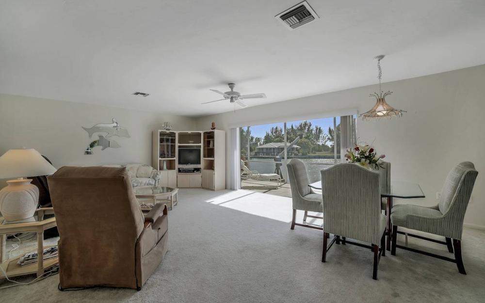 685 Cameo Ct, Marco Island - Waterfront Gulf Access Home For Sale 470729384