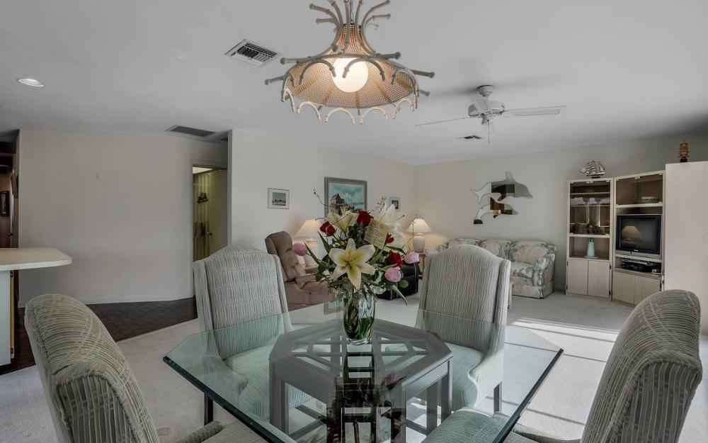 685 Cameo Ct, Marco Island - Waterfront Gulf Access Home For Sale 301547939