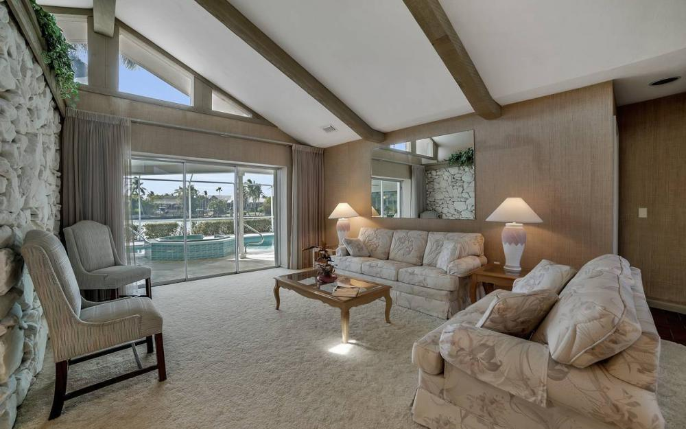 685 Cameo Ct, Marco Island - Waterfront Gulf Access Home For Sale 2083154289