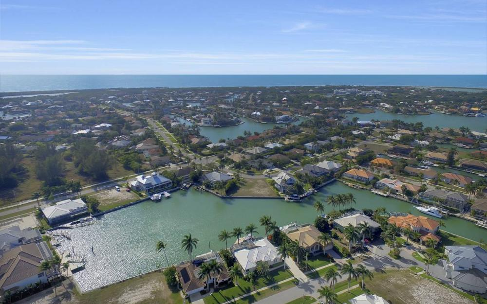 685 Cameo Ct, Marco Island - Waterfront Gulf Access Home For Sale 1742410072
