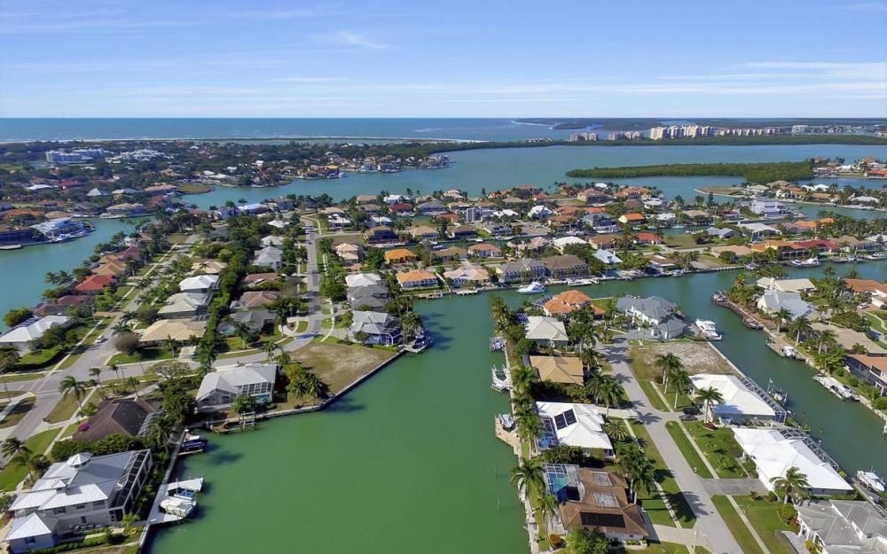 685 Cameo Ct, Marco Island - Waterfront Gulf Access Home For Sale 1334977377