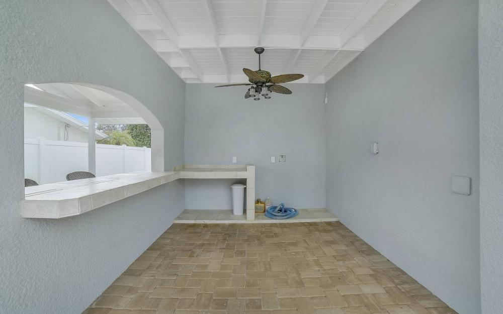 1641 SE 39th Terrace, Cape Coral - Gulf Access Waterfront Home For Sale 871445855