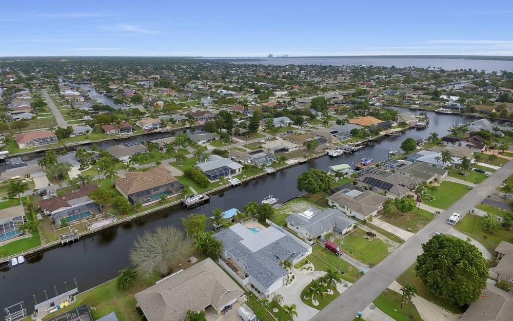 1641 SE 39th Terrace, Cape Coral - Gulf Access Waterfront Home For Sale 1552575949