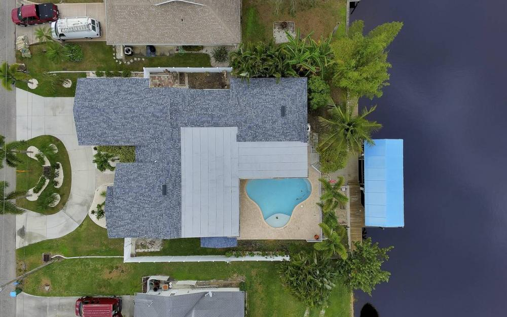 1641 SE 39th Terrace, Cape Coral - Gulf Access Waterfront Home For Sale 809044851
