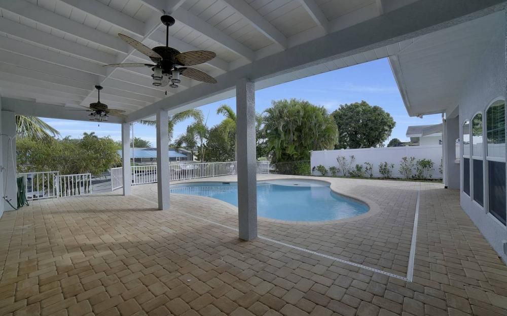 1641 SE 39th Terrace, Cape Coral - Gulf Access Waterfront Home For Sale 1313072822