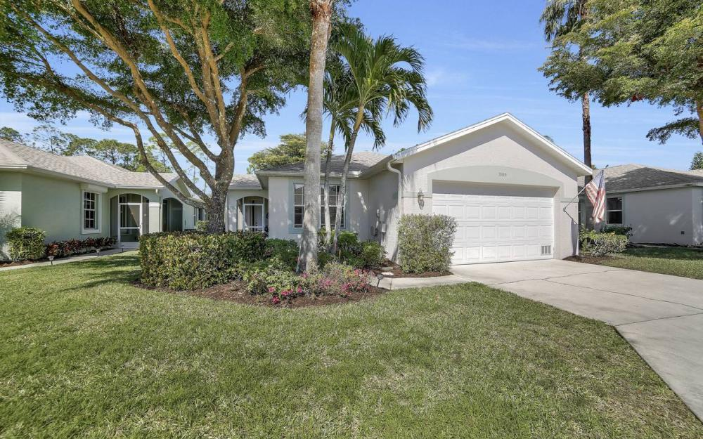 9335 Lake Abby Ln, Bonita Springs - Home For Sale 1961083285