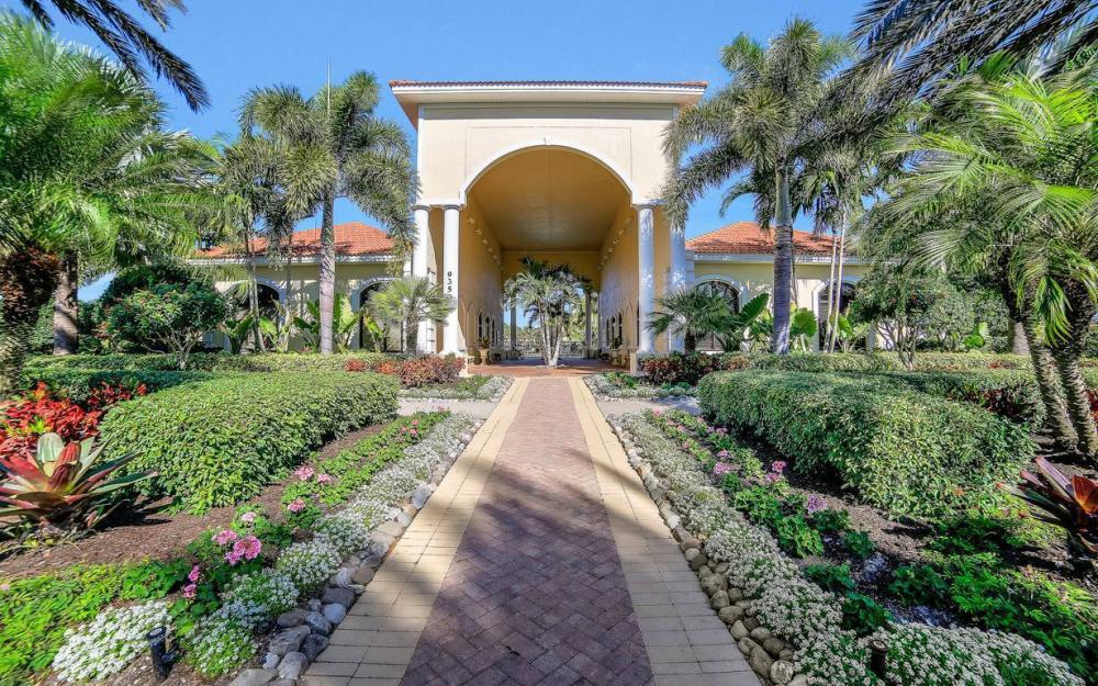 9157 Astonia Way, Fort Myers - Home For Sale 2095238798