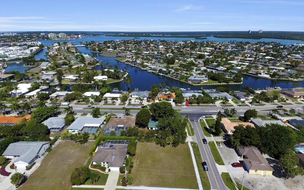 1180 Bluebird Ave, Marco Island - Lot For Sale 648818365