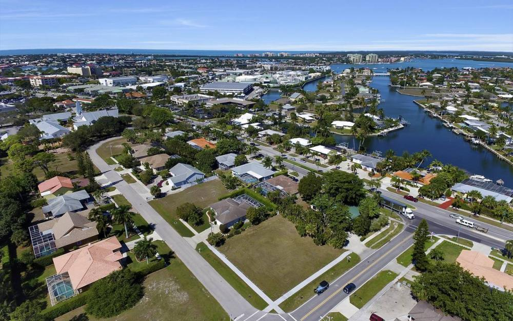1180 Bluebird Ave, Marco Island - Lot For Sale 286475087