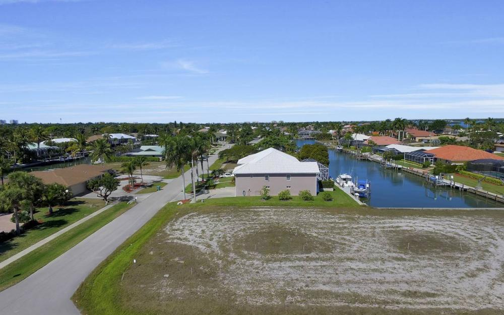 305 Grapewood Ct, Marco Island - Lot For Sale 1330876911