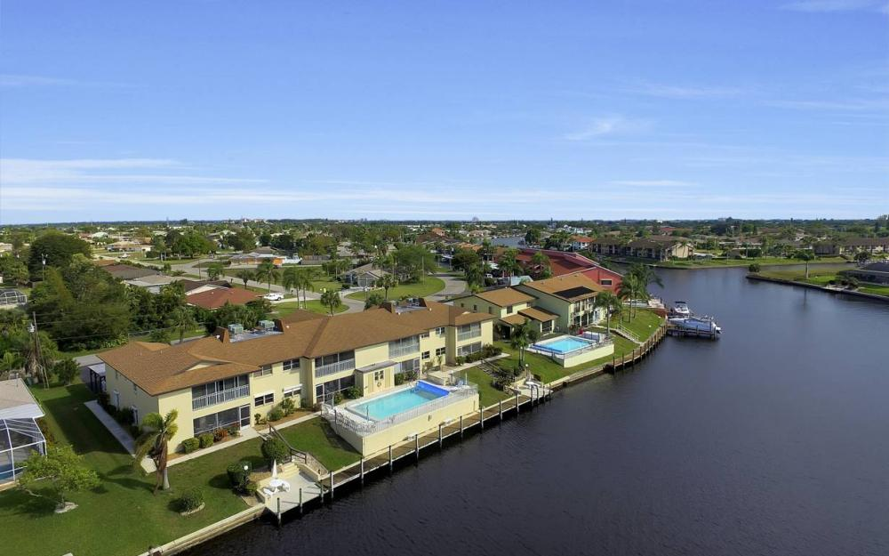 3612 SE 12th Ave, Cape Coral - Waterfront Condo For Sale 675235809