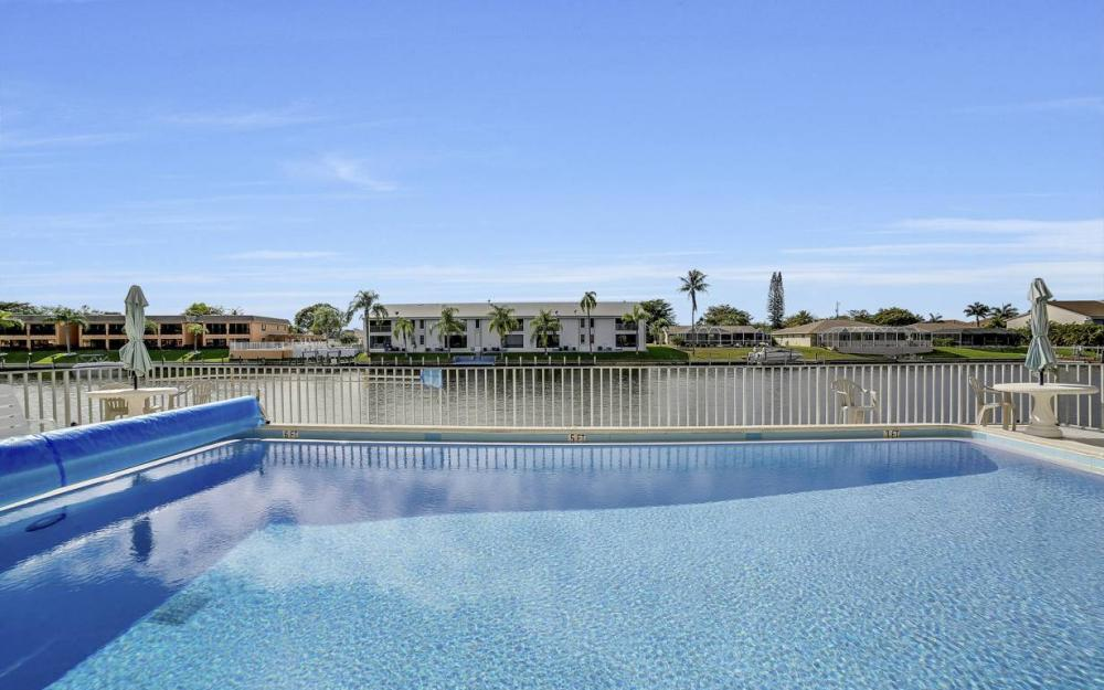 3612 SE 12th Ave, Cape Coral - Waterfront Condo For Sale 1971228999