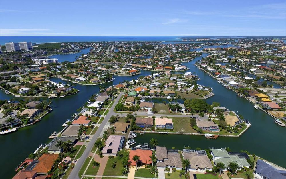 920 Moon Ct, Marco Island - Luxury Home For Sale 586208349