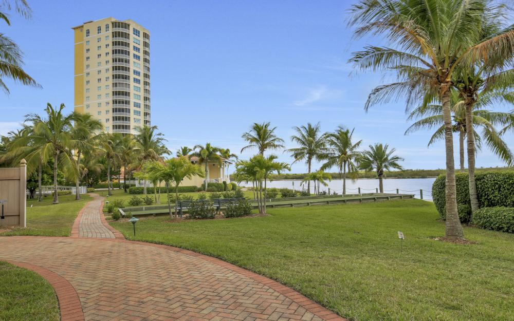 12601 Mastique Beach Blvd #701, Fort Myers - Condo For Sale 700996713