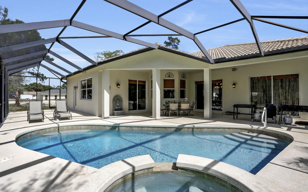 521 17th St SW, Naples - Home For Sale 1665565950