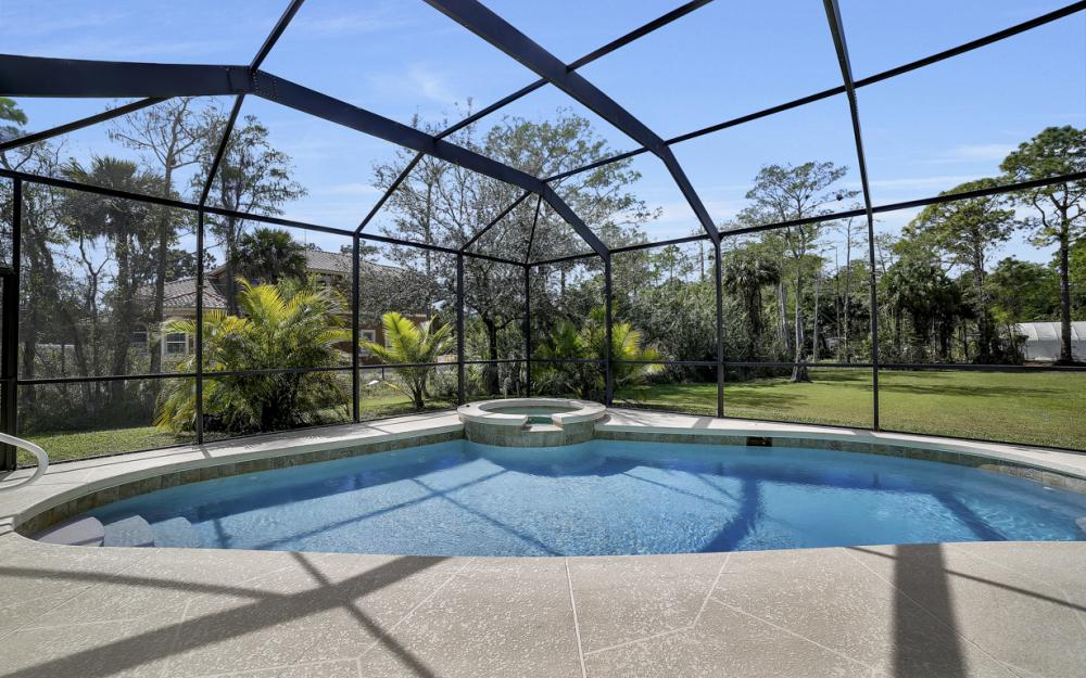 521 17th St SW, Naples - Home For Sale 1803495192