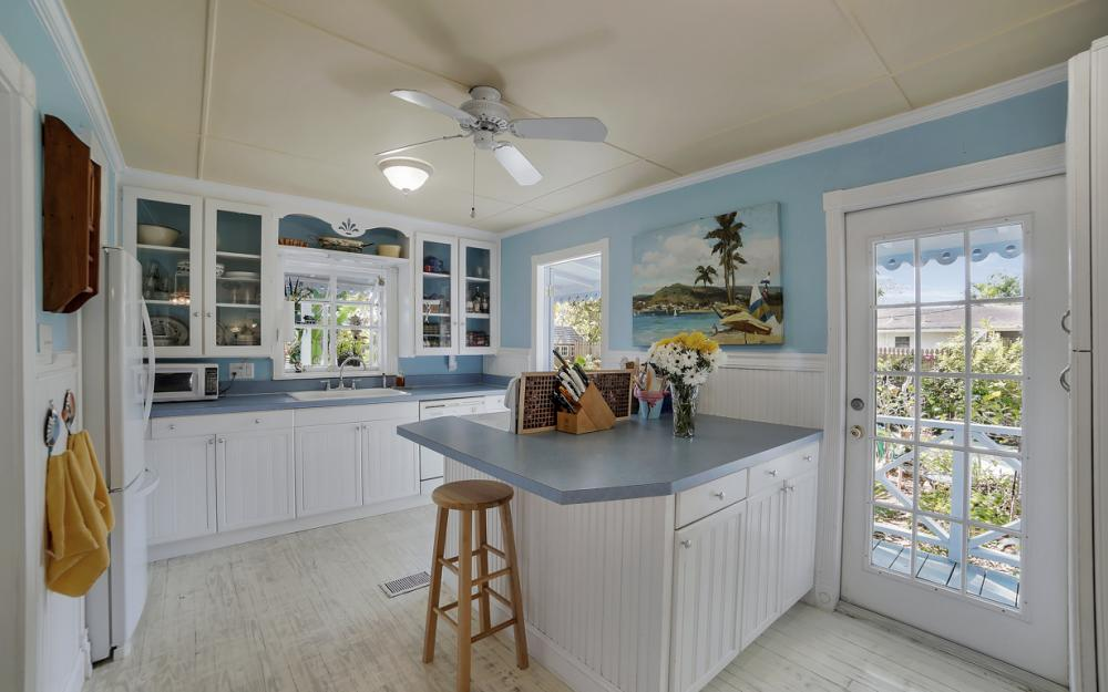 5445 Winkler Rd, Fort Myers - Home For Sale 1337167771