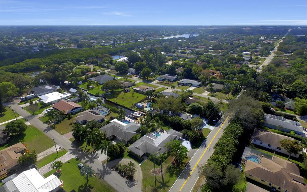 5445 Winkler Rd, Fort Myers - Home For Sale 572336695