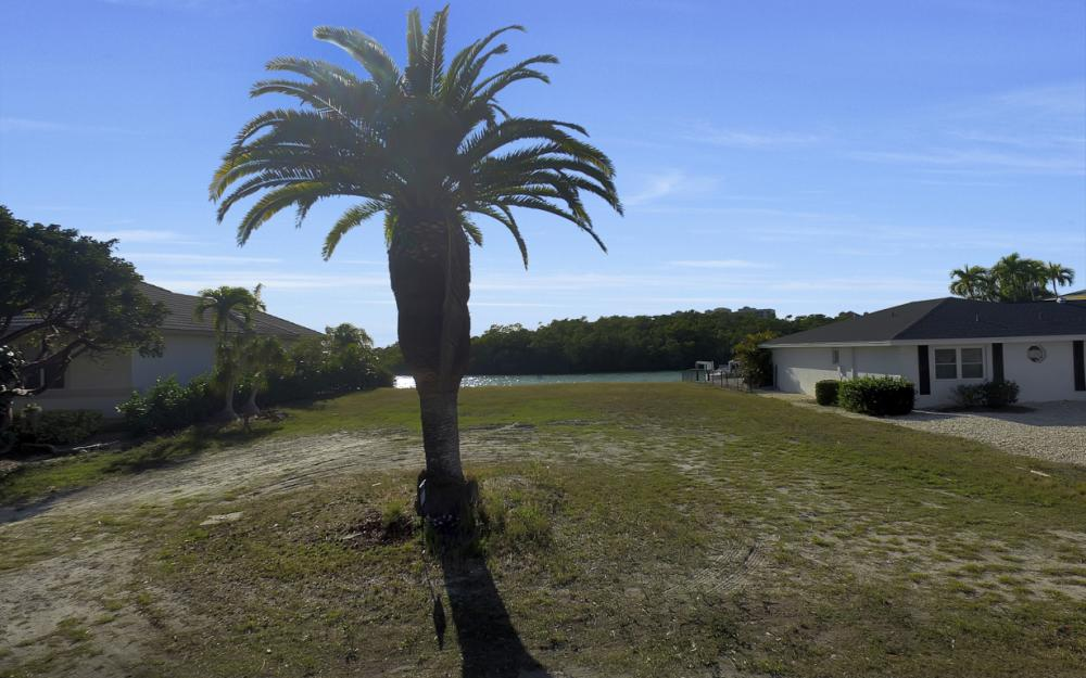 1136 Edington Pl, Marco Island - Lot Gulf Access For Sale 1824509748