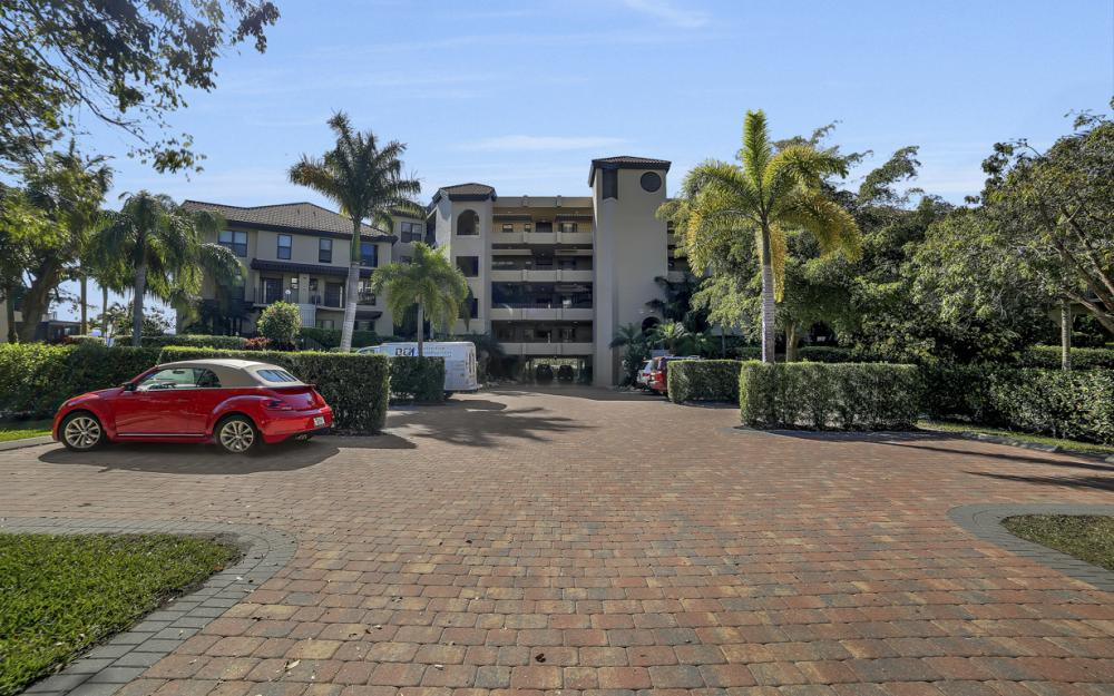406 La Peninsula Blvd, Naples - Condo For Sale 1863460028