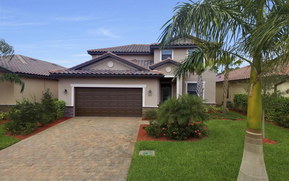 9509 River Otter Dr, Fort Myers - Home For Sale 838808559