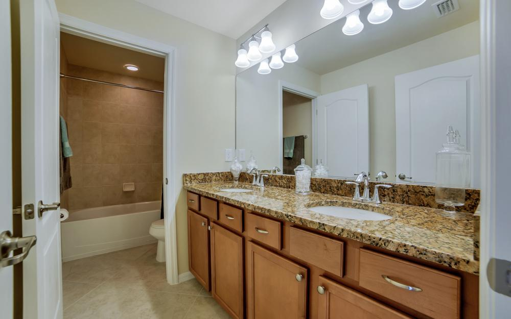 9509 River Otter Dr, Fort Myers - Home For Sale 1907994367