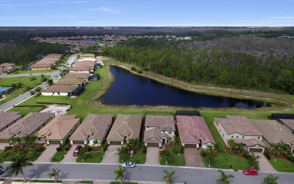 9509 River Otter Dr, Fort Myers - Home For Sale 1993134621