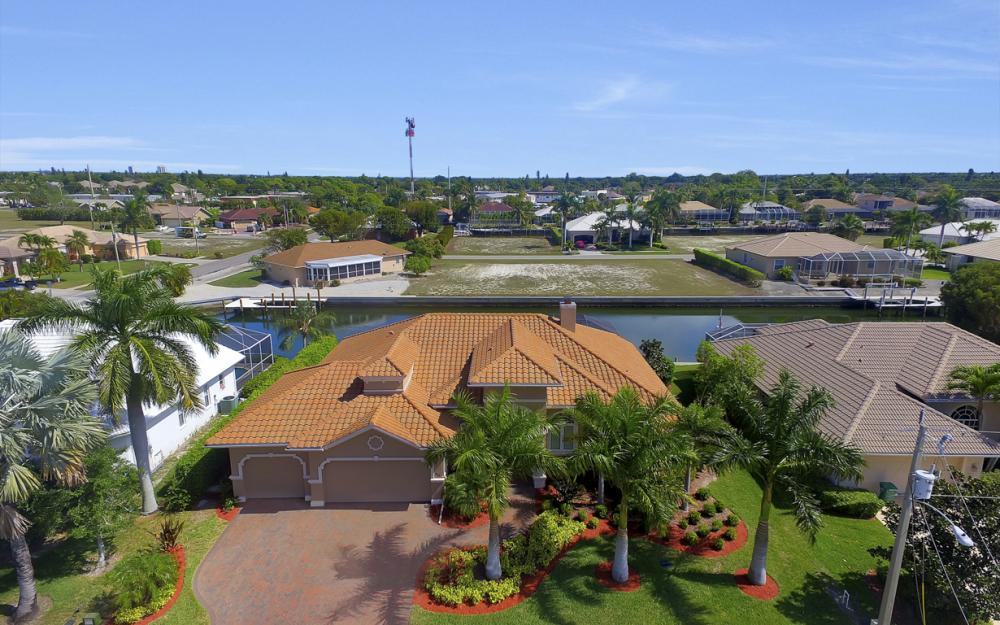 375 Capistrano Ct, Marco Island - Home For Sale 1491940581